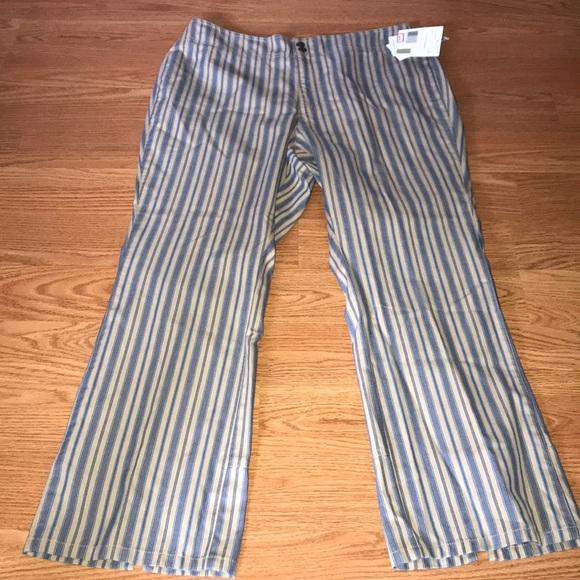 d1fa4fae32f NWT Liz Claiborne lizwear pants